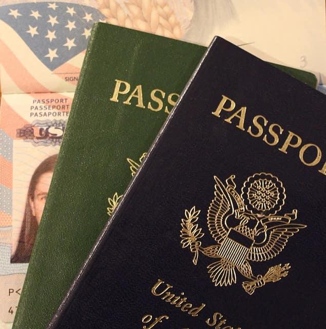 two passports- Online vs offline identity, who am I online